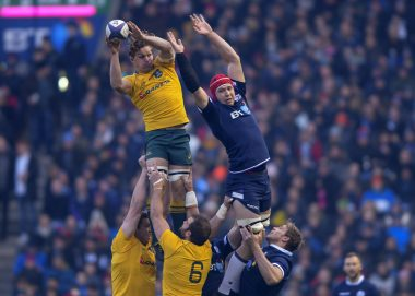 Grant Gilchrist at the lineout